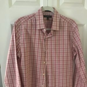 Banana Republic Red Plaid Button Down Shirt Medium